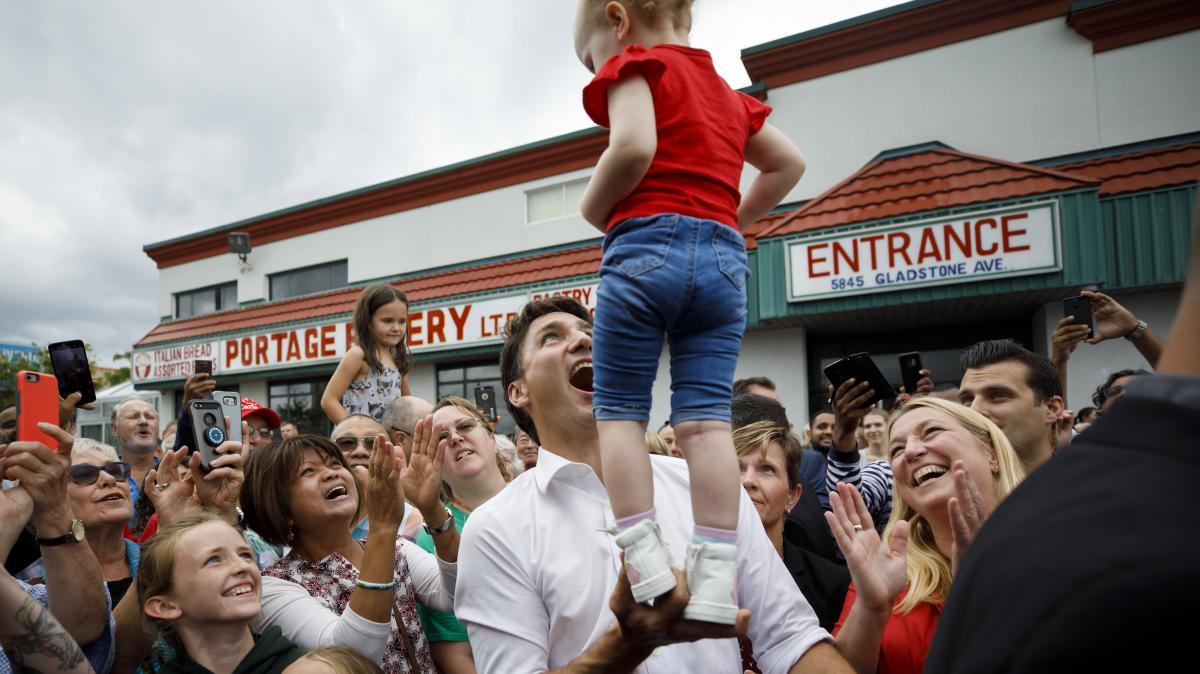 اکثریت کانادایی ها معتقدند ترودو باید با مشخص شدن نتایج انتخابات کناره گیری کند